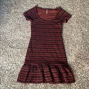 EUC!! Free People size S chevron print knit dress